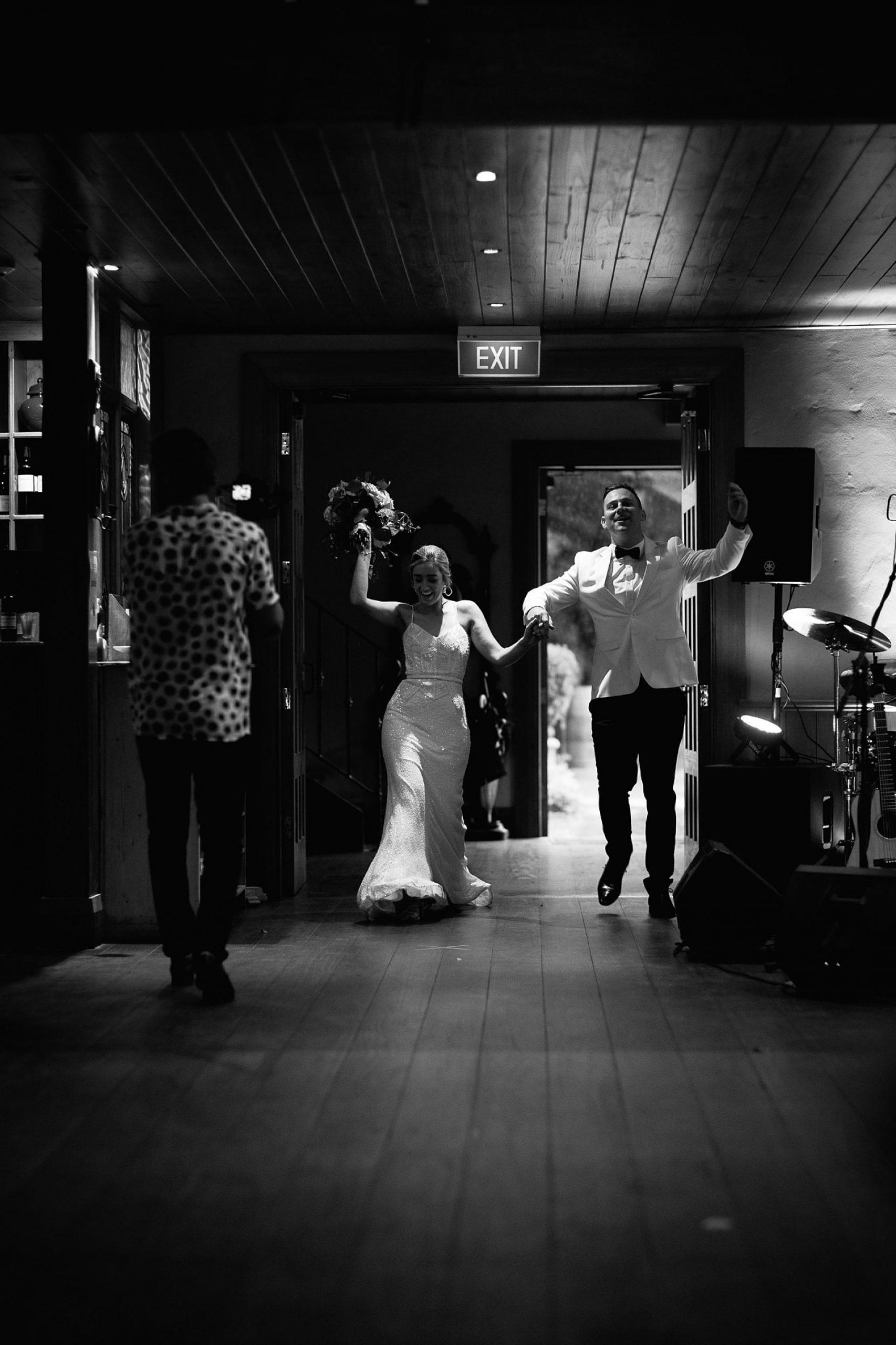 Keepsakephoto by the Keeffes,ACT wedding photographer,ACT weddings,Bowral,Bowral Wedding Photographer,canberra wedding,Canberra Wedding Photographer,Canberra Wedding Photography,canberra weddings,destination wedding,Centennial Vineyards,Southern Highlands,Southern Highlands Wedding,